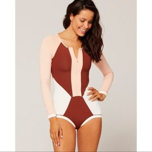 NEW L*SPACE Mod Front Zip Long Sleeve  Swimsuit